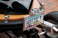 Bumper-Cars von Tom Wright: Hot Idea – Heckansicht mit Nummernschild des Staates Arizona