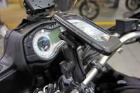 SW MoTech: elegante Halterung fürs iPhone