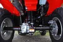 Honda Foreman TRX500FE: statt Einzelradaufhängung unkaputtbare Hinterradführung mit Schwinge und Starrachse