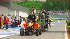 Galerie: Einsatz – ATVs und Quads im Formel 1 Fahrerlager