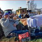Faschingsumzug mit Quads: Schläfer-Express der Quadkameraden Oberpfalz beim Treiben in Hemau