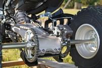 Yamaha Präsentation YFZ 450: Führung der Hinterräder über Alu-Schwinge