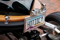 Bumper-Cars von Tom Wright: Hot Idea – Heckansicht mit Nummernschild des Staates Arizona