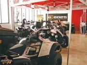 Viel Platz: auf über 600 m2 präsentiert 4x4 and More 4 Fahrzeug-Marken und Zubehör