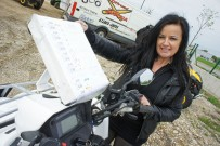 Andrea Kalteis: Eigenbau-Halter mit Handkurbel