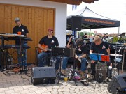 Quadconnection, Frühlingsfest 2012 mit Live-Musik der Band 'Sound Cocktail'