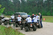 Fursten Forest: Offroad-Touren im Hummer und auf 250-Kubik-Quads von Triton