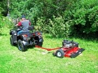 Kini Tec: bietet den Nachlauf-Rasenmäher Swisher T-44 aktuell zum Aktionspreis