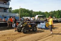 Mudfest 2013, Pulling Contest: mit Bremswagen