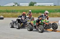 Austrian SuperMoto Quad Cup 2013, 2. Lauf in Himberg: Karl-Heinz-Matzinger vor Joachim Traun