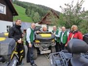 Allrad Horn Herbst Ausfahrt 2013, die Stoakogler: Begegnung mit steirischer Volksmusik-Gruppe