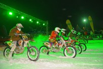 SnowSpeedHill Race 2014: rund 150 Piloten auf Bikes, Quads und Motorschlitten am Start; Bild: Dirk Hartung