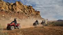 Can-Am Modelle 2015: Outlander L 450 und L 500 als neues Maß bei den Einstiegs-ATVs; bei den bekannten ATVs und Side-by-Sides sind weitreichende Überarbeitungen angekündigt