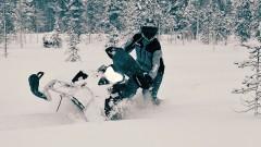 Schneemobil Touren in Schweden 2015: Fahrspaß im Tiefschnee