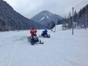 Snowmobil Touren in Tratten 2015: in 3,8 Sekunden von 0 auf 100; der Beifahrer ist kostenlos mit dabei
