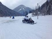 Snowmobil Touren in Tratten 2015: für 180 Euro mit 160 Sachen über verschneite Wiesen und Forstwege