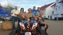 White Joker on Tour: die Crew mit Christian Wolf bereits mit Gipsarm
